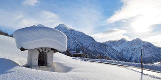 Snehové správy: Po prívaloch snehu v Alpách sa udrží zimný ráz počasia s ďalším snežením - ©Kleinwalsertal Tourismus