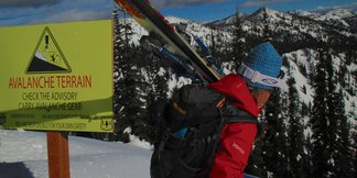 Avalanche Experts on Deadly Western Snowpack - ©Becky Lomax