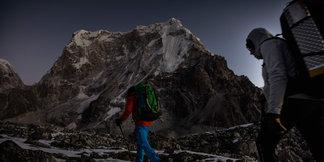 Video: Conrad Anker und David Lama am Lunag Ri im Himalaya - ©Martin Hanslmayr / Red Bull Content Pool