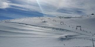40 centimètres de poudreuse ce matin sur le glacier des 2 Alpes - ©les 2alpes snowpark