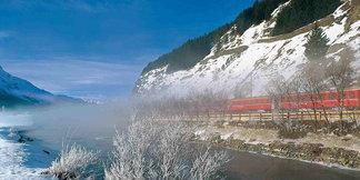 Ohne Auto auf die Piste: Die besten Skigebiete, um mit Bus und Bahn anzureisen - ©swiss-image.ch/Robert Boesch