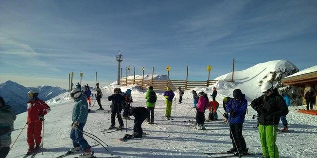 Ski openings Nov. 22, 2014: Alpe d'Huez, Val Tho, Montgenevre & La Clusaz