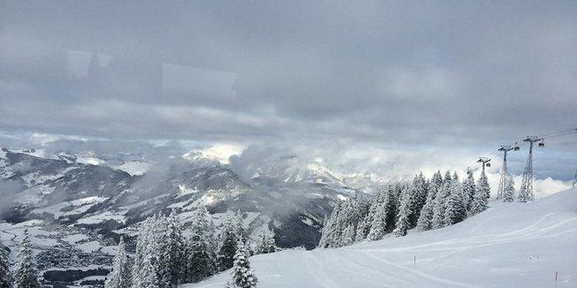 Masser af ny pudder i Østrig! 28/1-2015 - ©Kitzbuehel Bergbahn
