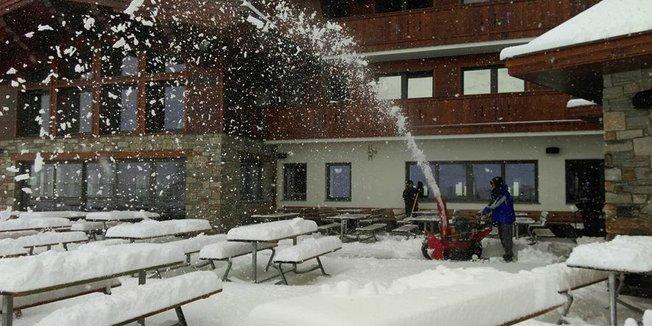 14. Juli 2016: Neuschnee in den Alpen - ©Hintertuxer Gletscher