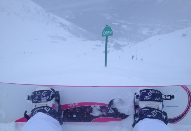 it was soo amazing yesterday!! great pow, good conditions, and it was pretty warm. i had fun