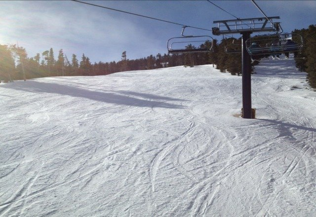 sunday 1/27 surprisingly great conditions. no lines, no one on indian peaks, good snow, blue skies.