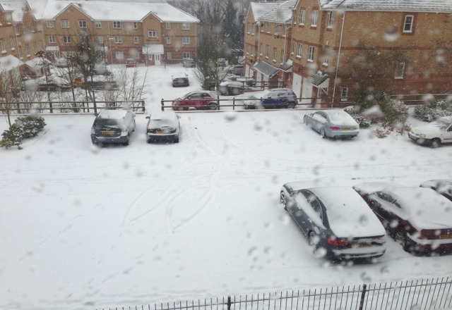 Only 9 days until I'm there, thats if I'm not snowed in in England that is. Photo from my flat near Heathrow, not Val.