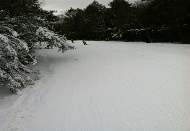B Nut good. Tons of packed powder. No ice in the triple chair area.    No crowds.  Headed Up for 3rd run now. Fiddlwr open.