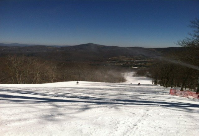 Skied Sat and Sun-conditions good and no crowds on Sun. Snow on the way later this wk