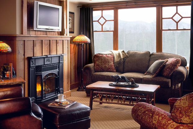 Living room, Whiteface Lodge