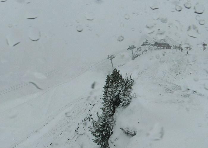 Snow in Meribel Nov. 4, 2013