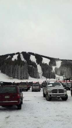 mellow day, decent snow, no lines