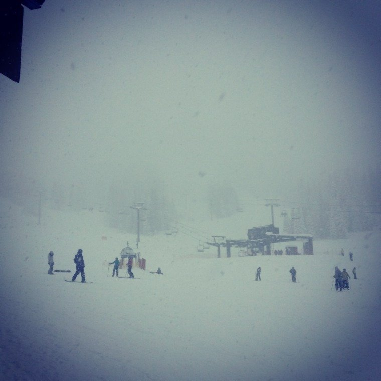 snow snow snow. great pow all day long us team will be there tomorrow!