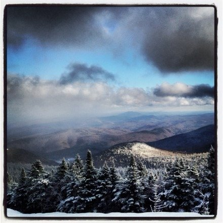 Great early season looks at Killington.  What you'd expect from man made with a light dusting from Mother Nature.  Hold an edge in the morning, a bit scraped in the afternoon.  Avoid the K1 gondola if you don't like lines.