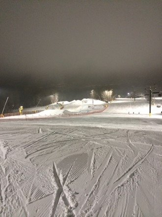 Got to try out early morning skiing under the lights today! Conditions are great and the park is open with lots of features!