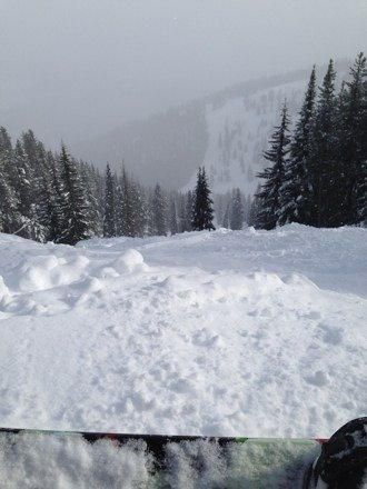 Main trails groomed and packed... Off trail to the knees in powder. Awesome... Mountain to myself... Sweeeet