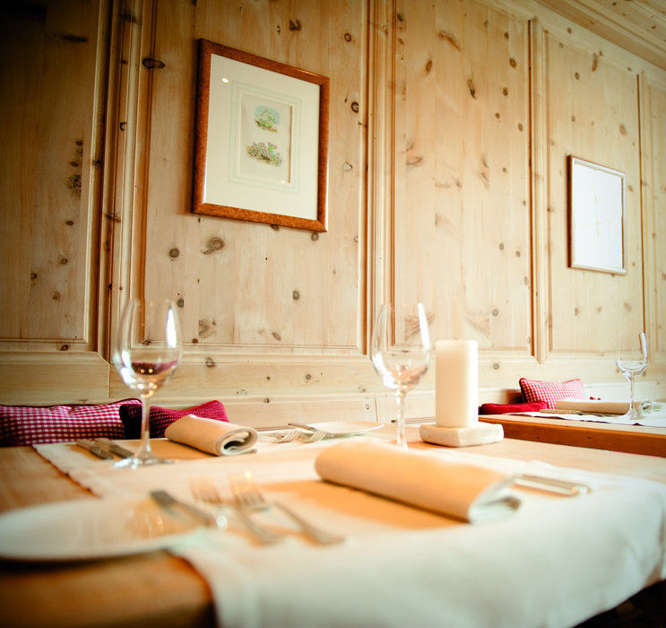 Stueva-Paradis in Hotel Paradies in Ftan: regional cuisine with a modern twist in an authentic atmosphere - ©Hotel Paradies