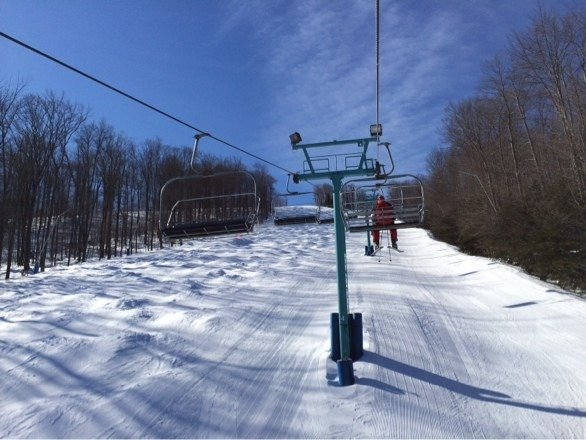 Awesome conditions today at HV, groomed granular surface, very fast!