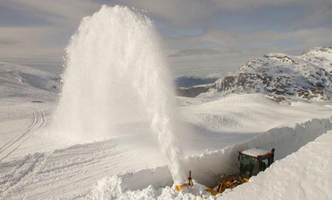 Mye snø må flyttes - ©Jan Petter Svendal