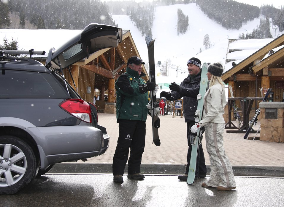 Skiers praise Deer Valley for its outstanding Guest Services. - ©Deer Valley Resort