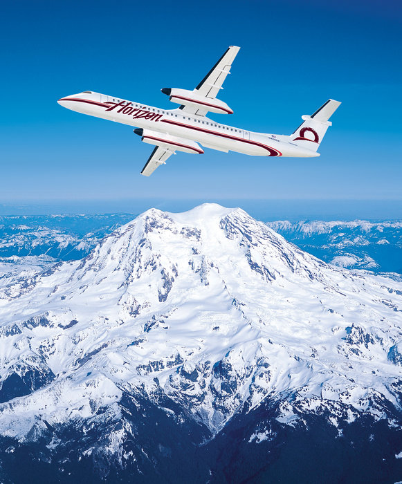 A Horizon Air jet in flight.