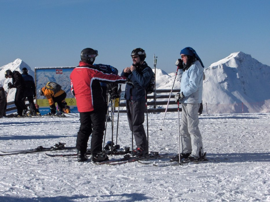 Old people have to take a break!   George - ©georges7736 @ Skiinfo Lounge