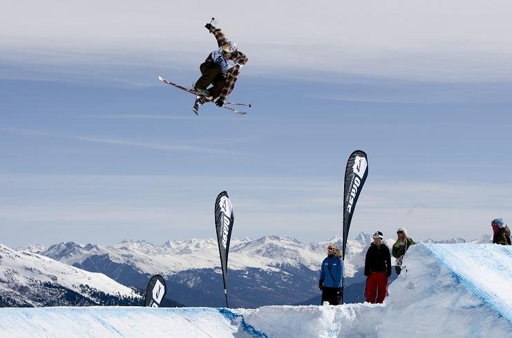Laax - ©Weisse Arena Gruppe, Laax | Snowfun @ Skiinfo Lounge