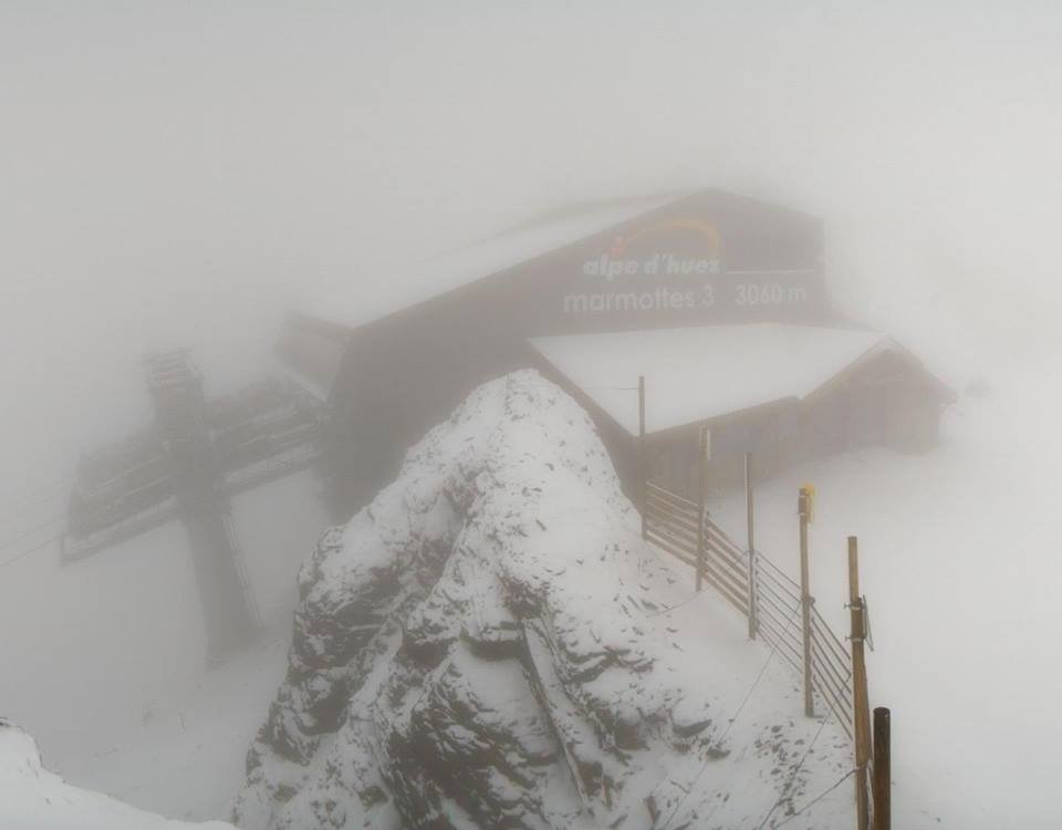 Fresh snow in Alpe d'Huez (3060m) Oct. 11, 2014 - ©Alpe d'Huez