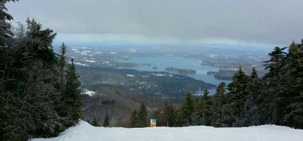 Good day at Sunapee....loose granular with some icy spots. Only two top to bottom runs but quality was very good for the trails that were open.