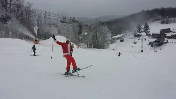 Great day skiing as Santa!