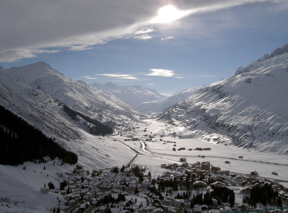 VIEW OF ANDERMAT FROM NATSHEN -2003 - ©snowbandit @ Skiinfo Lounge