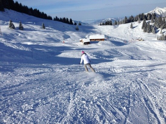 Amazing skiing and particularly piste preparation #loveblueskydays
