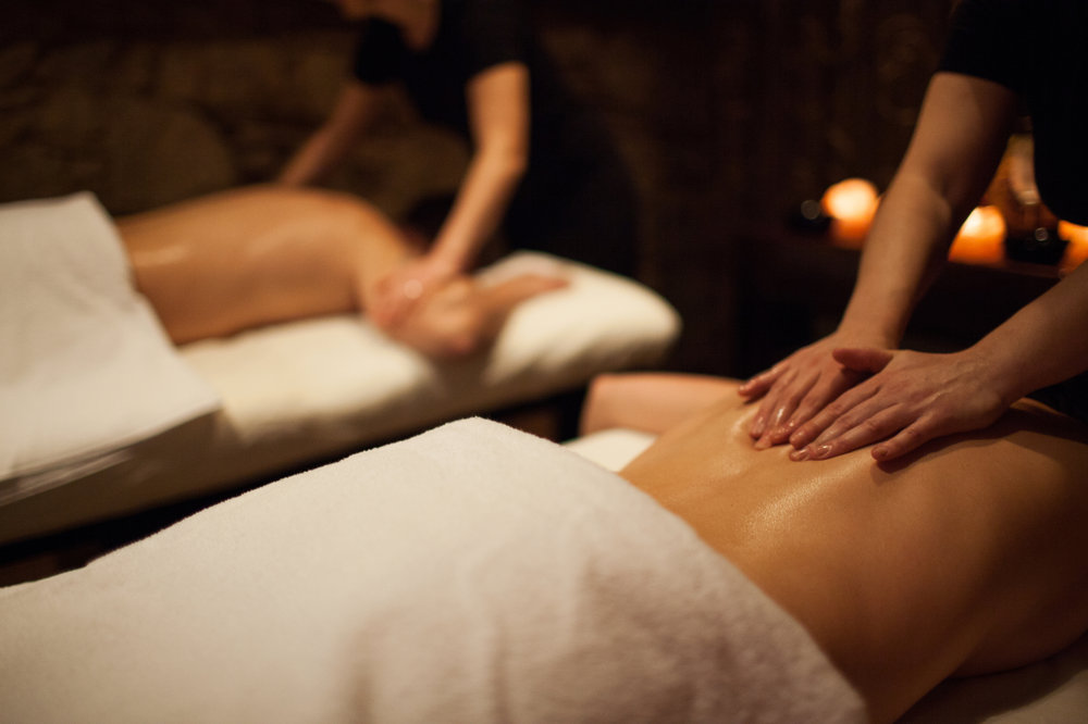 At Squaw Valley, relax with a couples massage at Trilogy Spa after skiing.