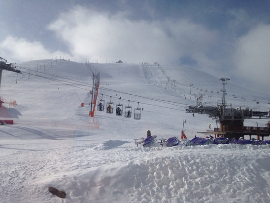 Alpe d'Huez - First Hand Ski Report