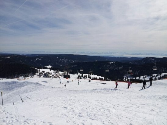 Feldberg Wintersportzentrum - hot day: 14ºC! - ©tscherer