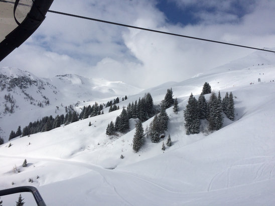 Skicircus Saalbach Hinterglemm Leogang - Powder uphill, wet snow down hill. - ©Talik