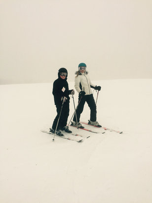 Bromley Mountain - Great mid-winter conditions!!!!! There is no one here!!!!! White out at summit Play hooky..........