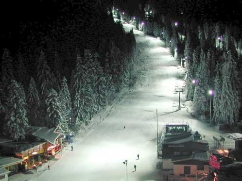 night pist - ©HIP 7 tourist transport @ Skiinfo Lounge