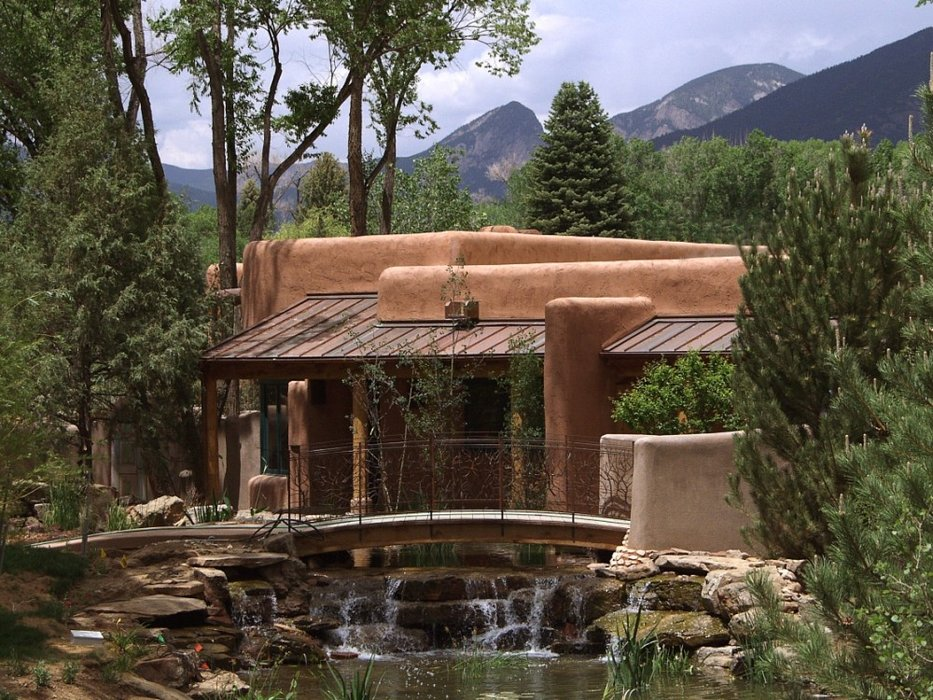 An exterior view of El Monte Sagrado, Taos, NM.