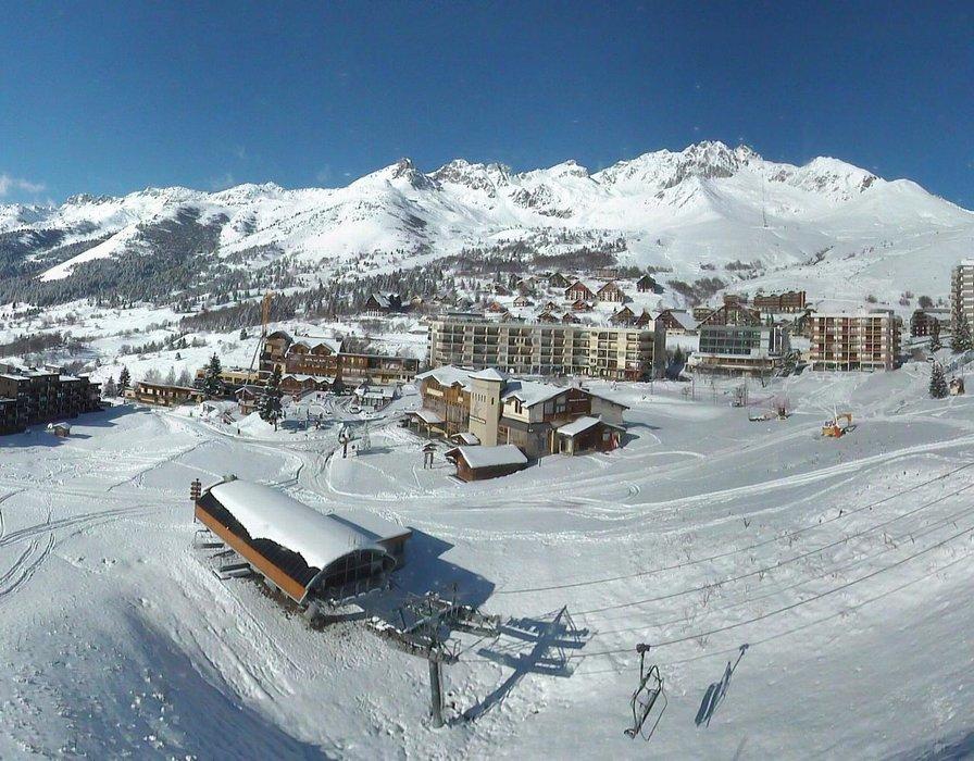 St François Longchamp ce midi entre neige et soleil