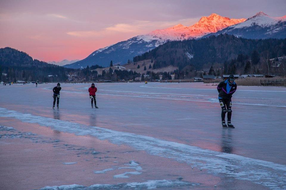 The natural ice-skating rink at Lake Weissensee, Austria - ©Spielplatz der Natur