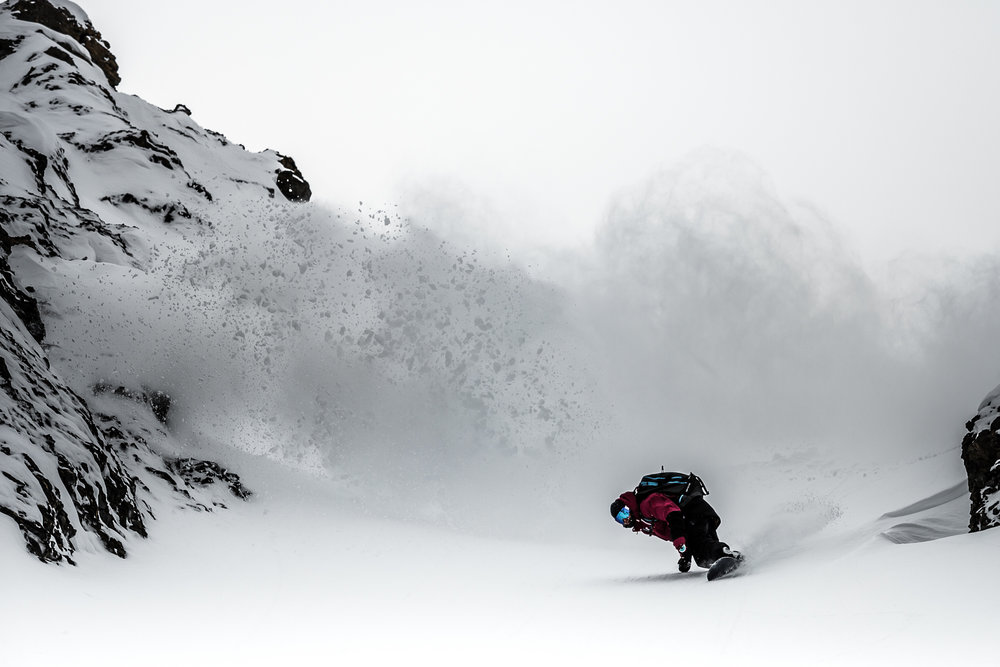 Click on the Mountain 2016 - Best photo and Best light effect - ©Roberto Bragotto Team ITA - Tom Klocker