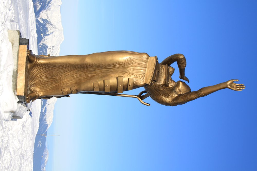 Courchevel Dali sculptures, credit Claude Chedal/ Courchevel Tourisme