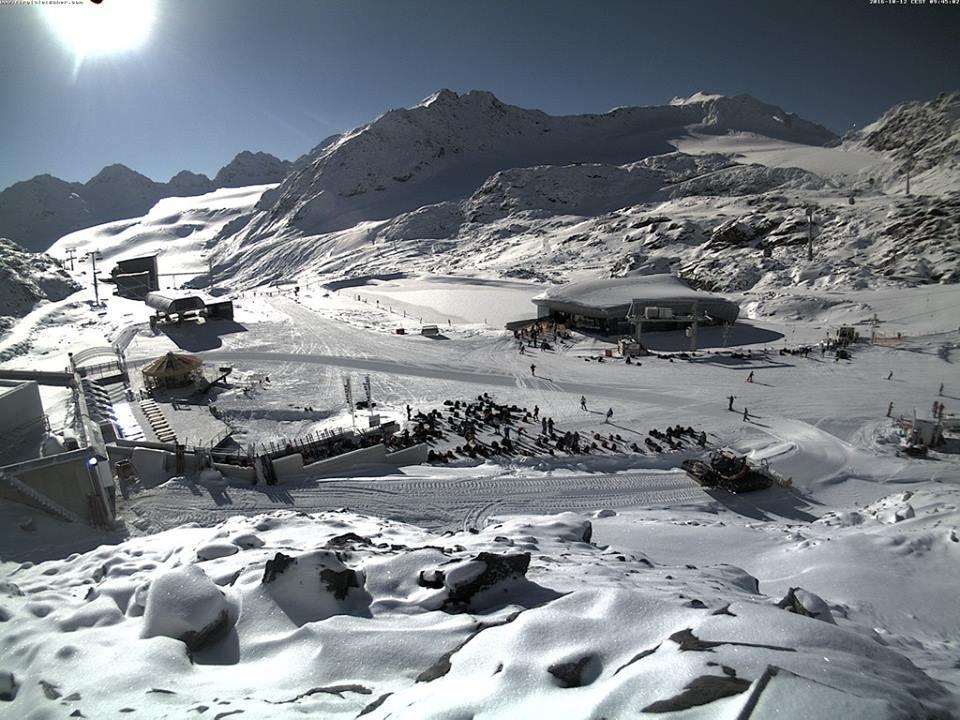 Pitztal glacier 12.10.16 - ©Pitztal Glacier/Facebook