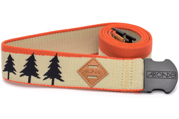Arcade Belts The Blackwood (in Orange): $26 There's never been a better or cooler way to keep your ski pants from embarrassing you again than this belt from Arcade. Built to stretch and designed to impress in a multitude of colorways, your loved ones deserve to avoid getting caught with their pants down.