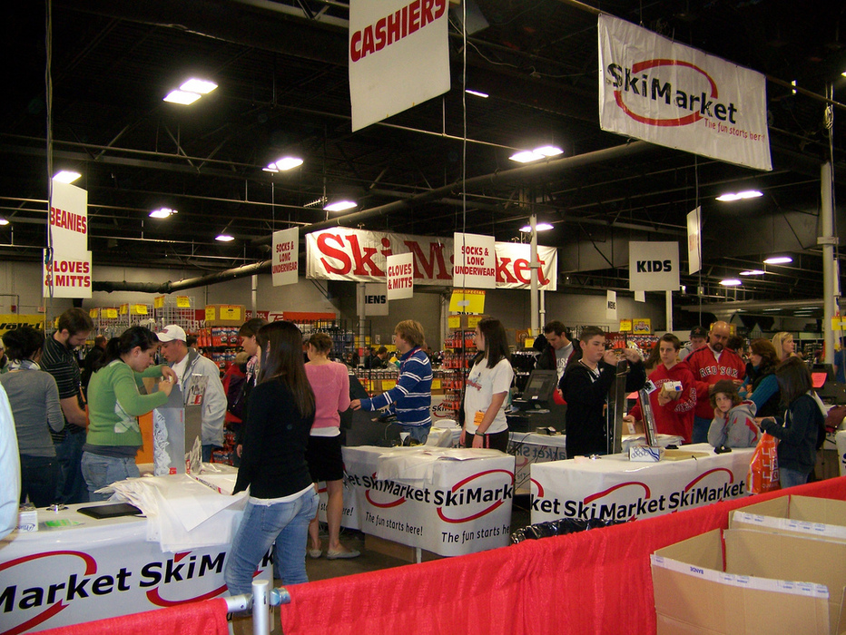 Ski Market satisfies the needs of visitors eager to find deals at the Boston Globe Ski & Snowboard Expo. Photo Courtesy of Boston Globe Ski & Snowboard Expo.