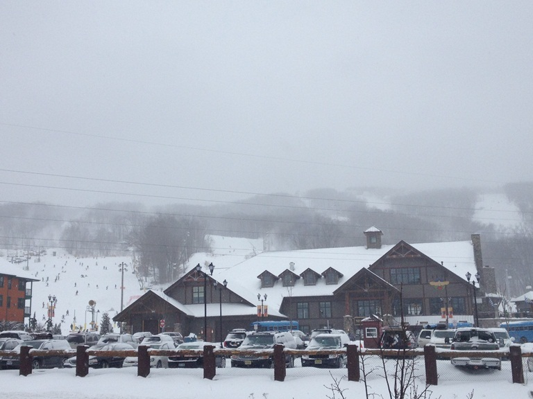 Mountain Creeks new Red Tail Lodge was completed during the 2011/2012 season.