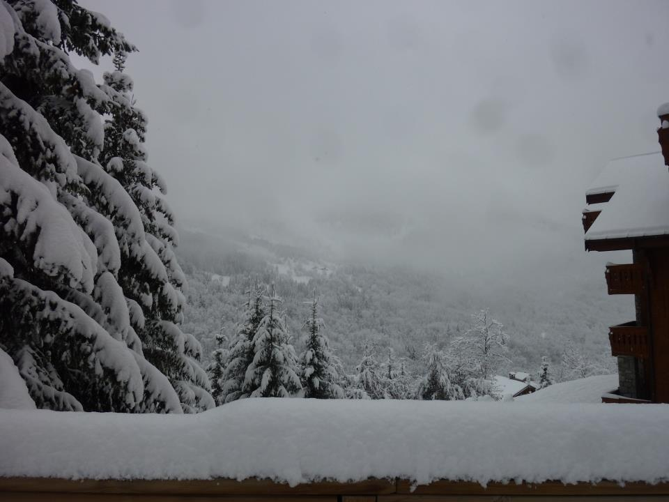 30cm of fresh snow in Meribel. Nov. 30, 2012