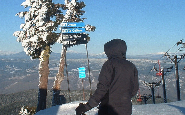 A sunny day at Mt. Ashland. Photo by Anthony Olegario/Flickr. - ©Anthony Olegario/Flickr