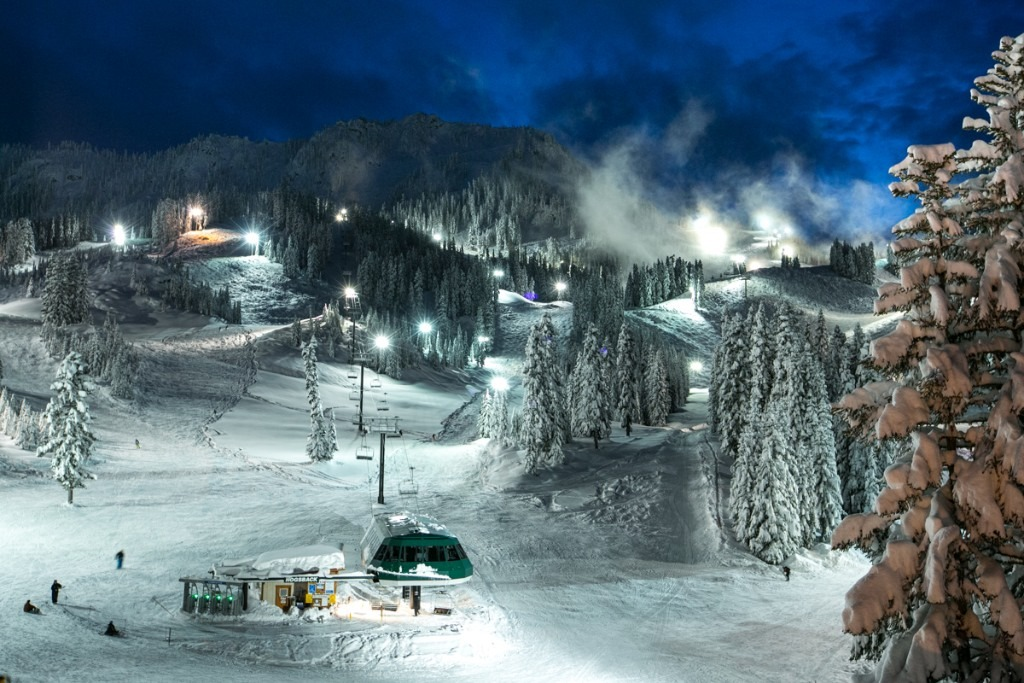 If you have the energy, night skiing is available too.